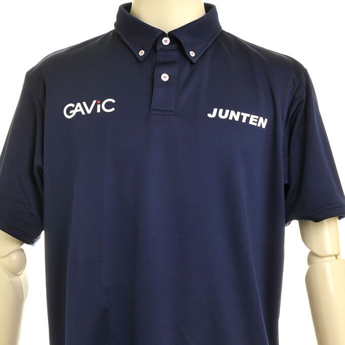 GAViC ロゴ入り紺のポロシャツ