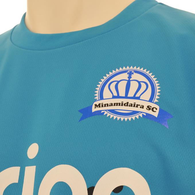 アグリナ 胸にチームのエンブレムマーキング プラシャツ