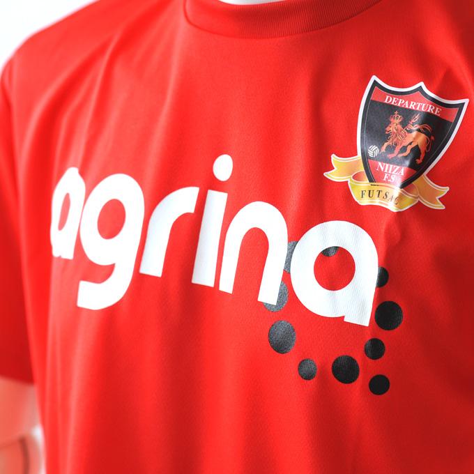 フットサル新ブランドアグリナ!熱い赤のプラシャツ